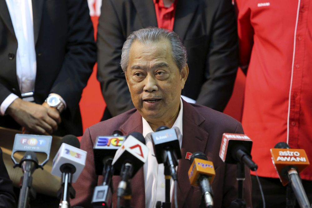 PPBM president Tan Sri Muhyiddin Yassin speaks during a press conference at the party's headquarters in Petaling Jaya September 27, 2018. — Picture by Yusof Mat Isa