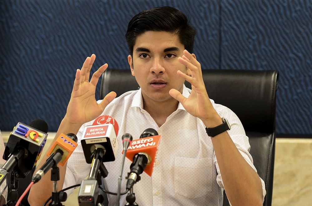 Syed Saddiq stressed that undergraduates have the right to participate in politics on any side of the divide. — Picture by Miera Zulyana