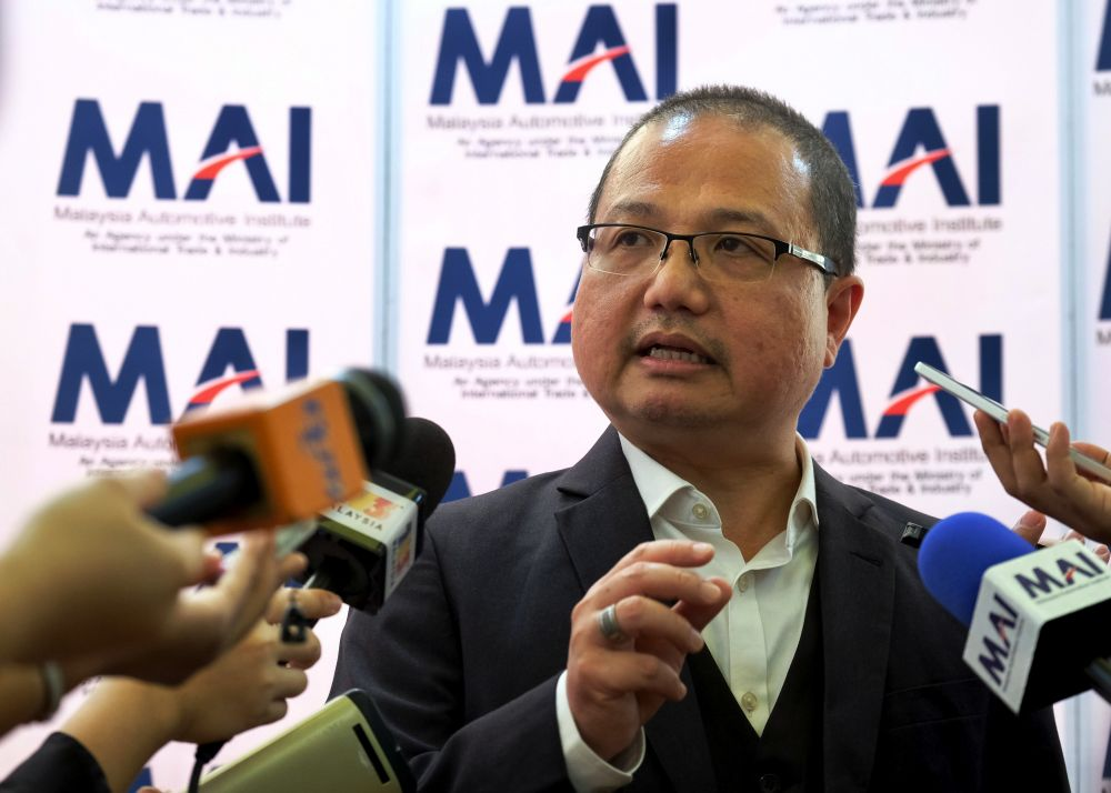 Datuk Madani Sahari said the third national car project came in at the right time as it can fulfil the market needs in a bid to complete the automotive industry under the connected mobility concept. ― Bernama pic