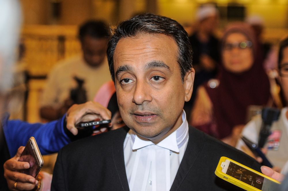 Justice Datuk Mariana Yahya fixed the date after counsel Datuk Malik Imtiaz Sarwar (pic), representing Deloitte, told the court that both parties would rely on written submissions without need for oral argument in open court proceeding. ― Picture by Shafwan Zaidon