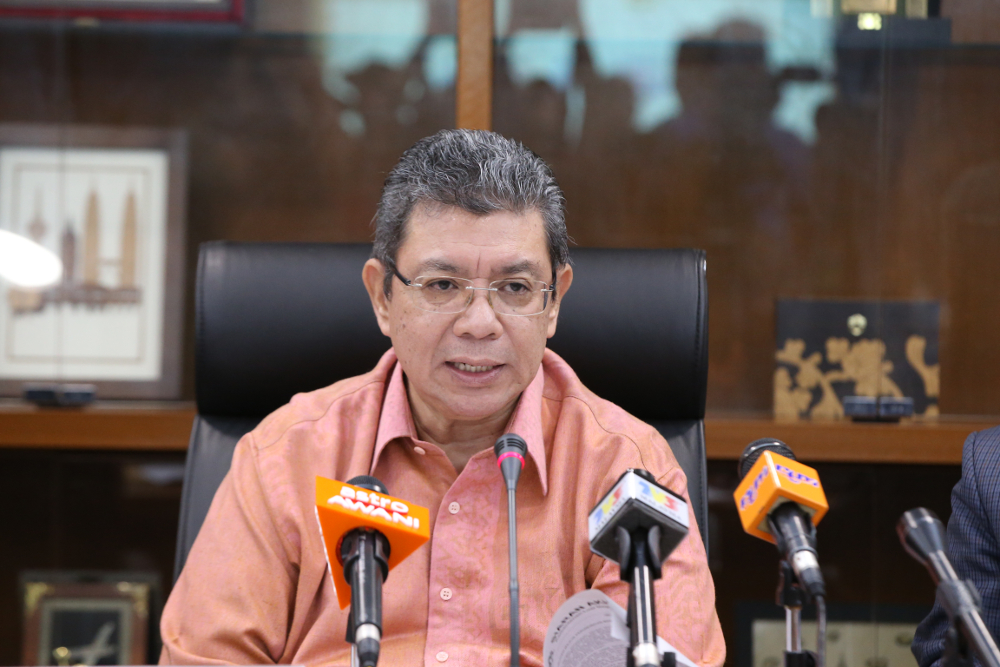 Pakatan Harapan secretary-general Datuk Saifuddin Abdullah says Tun Dr Mahathir Mohamad's term as an interim prime minister has never been discussed at the presidential council's meeting. — Picture by Azinuddin Ghazali