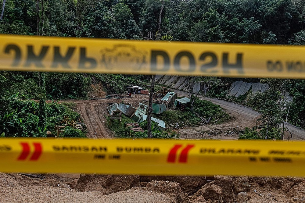 A general view of the construction site where the landslide occurred at Bukit Kukus in Paya Terubong October 25, 2018. — Picture by Sayuti Zainudin