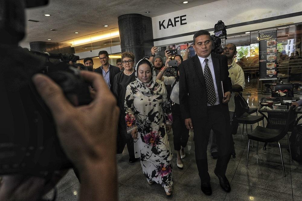 Datin Seri Rosmah Mansor arrives at the KPJ tower in Kuala Lumpur October 26, 2018. — Picture by Shafwan Zaidon