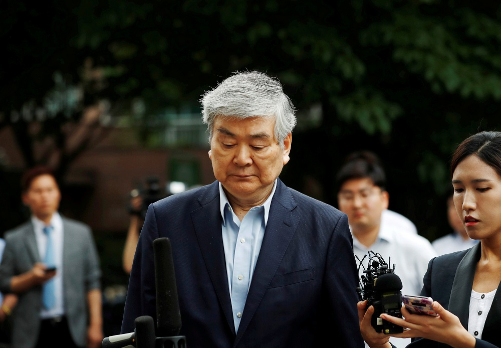 Korean Air Lines Chairman Cho Yang-ho arrives at a court in Seoul, South Korea, July 5, 2018. — Reuters  pic