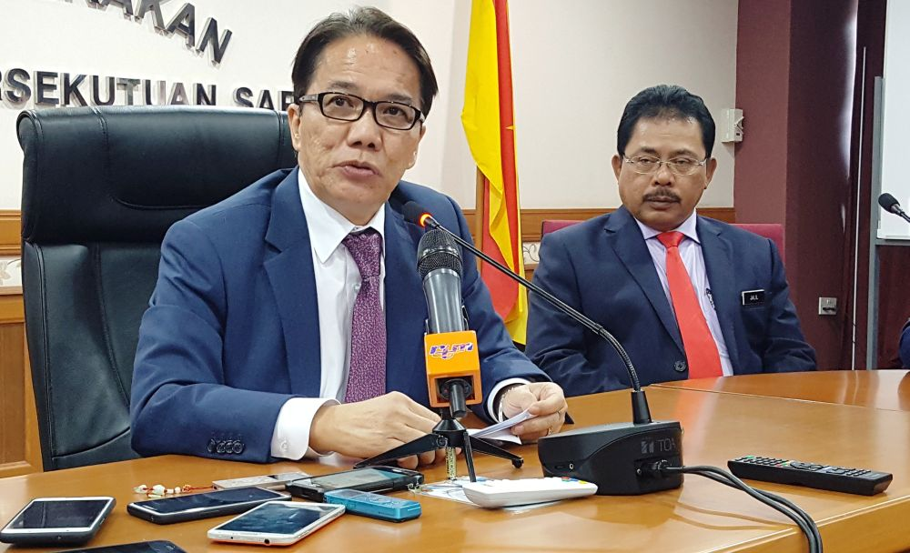 Datuk Liew Vui Keong said today that the federal government will table a Bill in the next Parliament meeting to increase judges' retirement age to 70. — Picture by Sulok Tawie