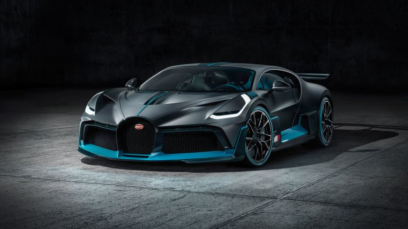 The already sold-out Bugatti Divo was presented in Paris. ― AFP pix