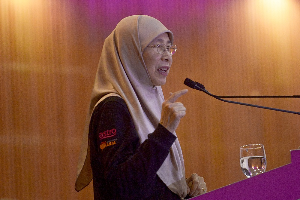 Datuk Seri Dr Wan Azizah Wan Ismail says Malaysia will host the Third Sheikh Tamim International Anti-Corruption Excellence Award ceremony next month. — Picture by Mukhriz Hazim