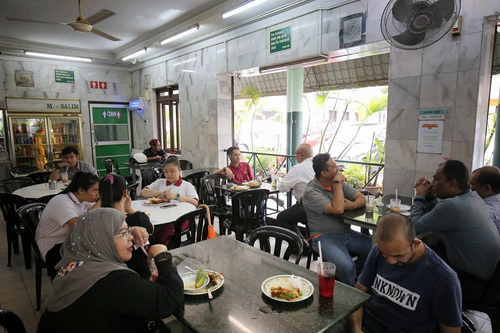 Customers at Restoran M. Salim in Ipoh November 14, 2018.