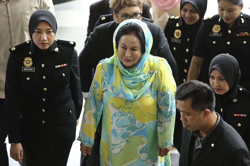 High Court judge Mohamed Zaini has set April 24 for mention to know the status of the cases involving Datin Seri Rosmah Mansor (pic) and Rizal Mansor. — Picture by Yusof Mat Isa