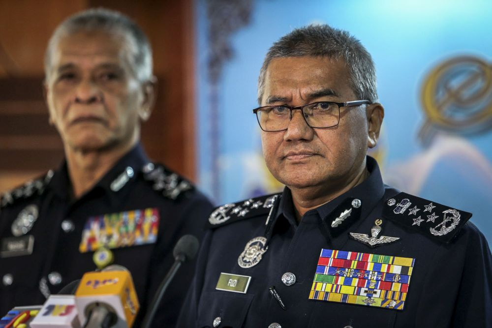 Fuzi said police are in the midst of identifying the attackers and urged witnesses to come forward and assist police with their investigations. ― Picture by Hari Anggara