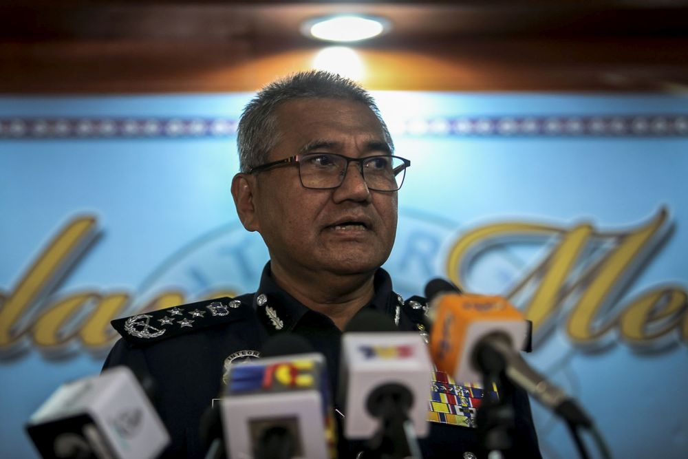 Inspector-General of Police Tan Sri Mohamad Fuzi Harun speaks at the Royal Malaysian Police College of Kuala Lumpur on November 29, 2018. ― Picture by Hari Anggara