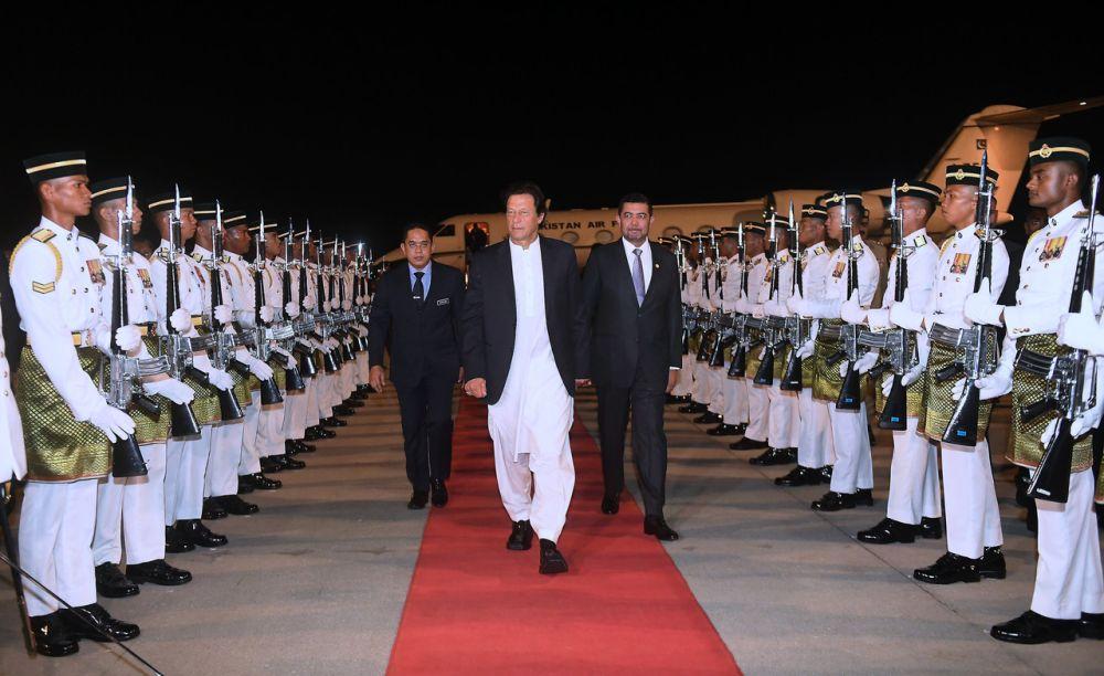 File picture shows Pakistan Prime Minister Imran Khan arriving at the Kuala Lumpur International Airport November 20, 2018. ― Bernama pic