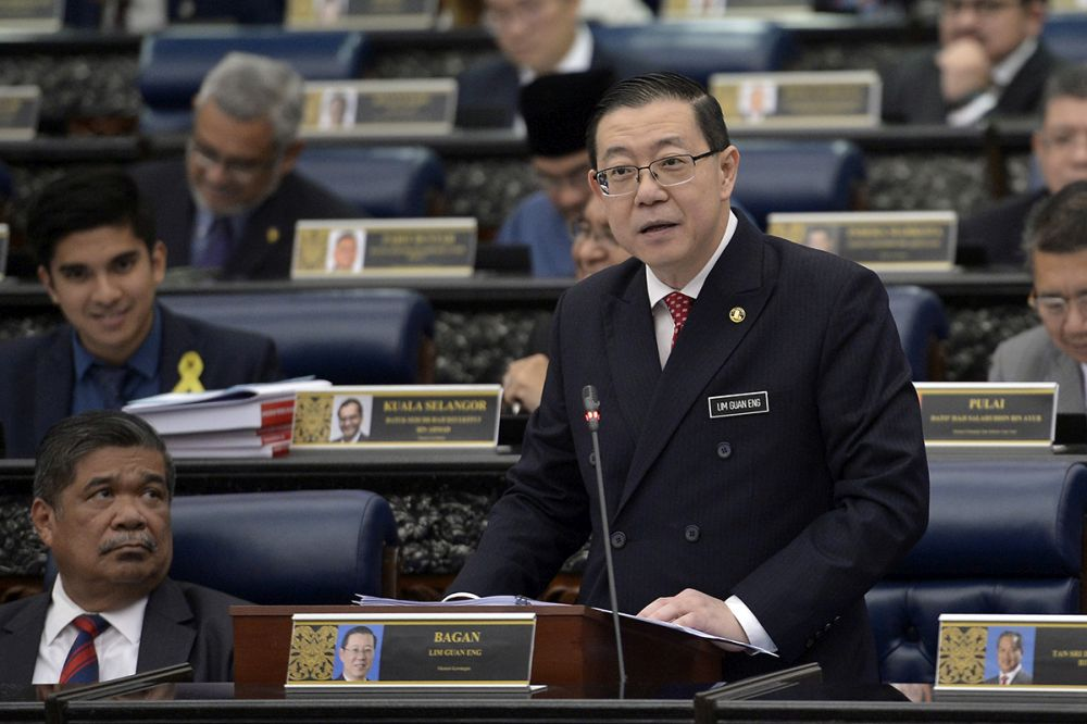 Finance Minister Lim Guan Eng tables Budget 2019 at Parliament in Kuala Lumpur November 2, 2018.― Picture by Mukhriz Hazim