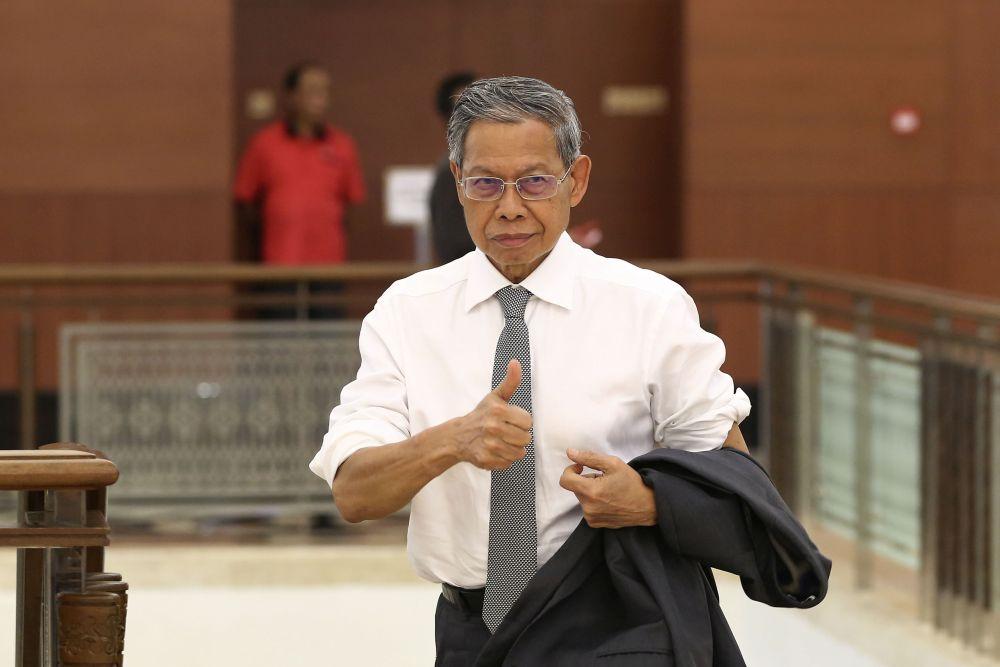 Datuk Seri Mustapa Mohamed is pictured at Parliament, Kuala Lumpur November 27, 2018.― Picture by Yusof Mat Isa