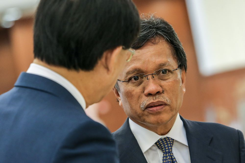 Sabah Chief Minister Datuk Seri Mohd Shafie Apdal (right) said it is up to Sabah Bersatu if the party wishes to nominate its candidate for the Kimanis parliamentary by-election. ― Picture by Hari Anggara