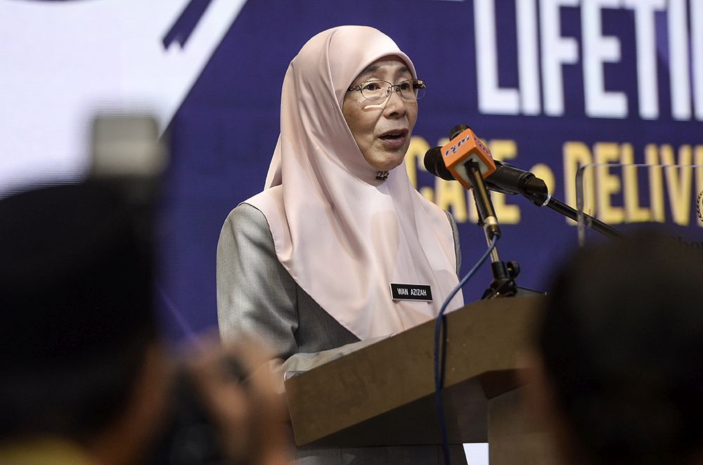 Deputy Prime Minister Datuk Seri Dr Wan Azizah Wan Ismail said that the two laws are the Law Reform (Marriage and Divorce) Act 1976 and Islamic Family Law (Federal Territory) Act 1984. — Picture by Miera Zulyana