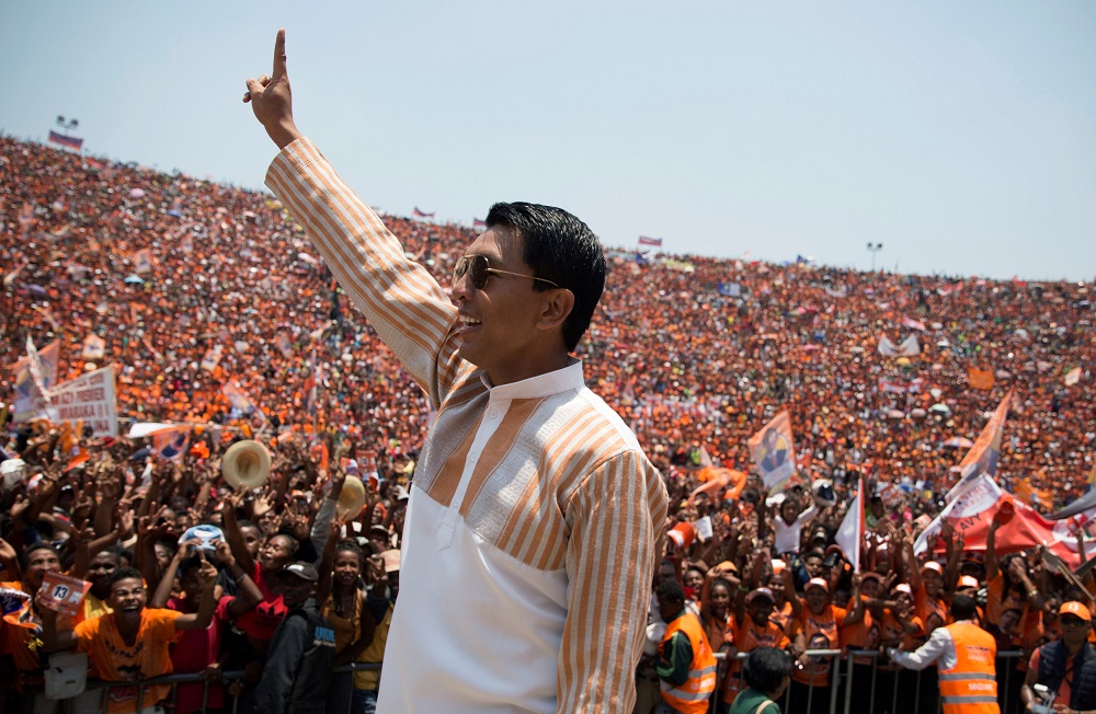 Madagascar Presidential candidate Andry Rajoelina salutes his supporters during a campaign rally at the Coliseum stadium in Antananarivo, Madagascar November 3, 2018. — Reuters pic