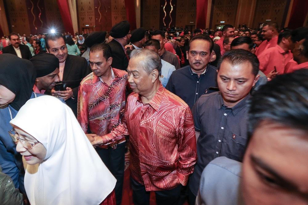 PPBM president Tan Sri Muhyiddin Yassin arrives at PICC for the Pakatan Harapan charity dinner December 9, 2018. — Picture by Hari Anggara