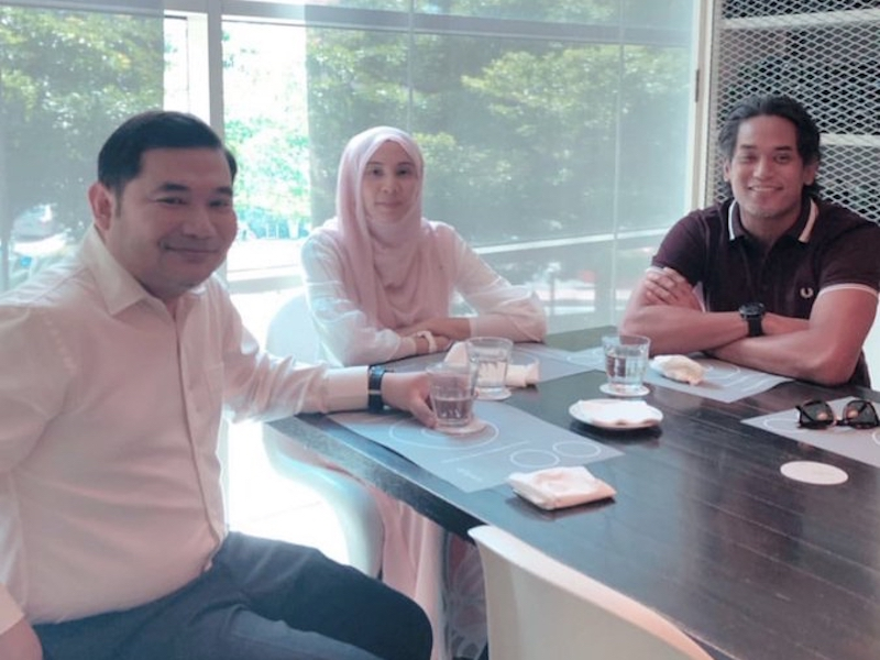 Khairy is pictured with Nurul Izzah Anwar and Rafizi Ramli during lunch in Bangsar today. — Picture via Instagram