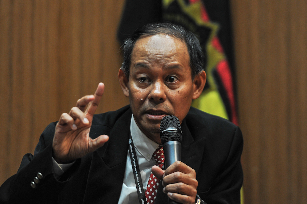 Mohd Shukri said he has completed the task given by the Pakatan Harapan government when he took on the position to head the MACC in May 2018. — Picture by Shafwan Zaidon
