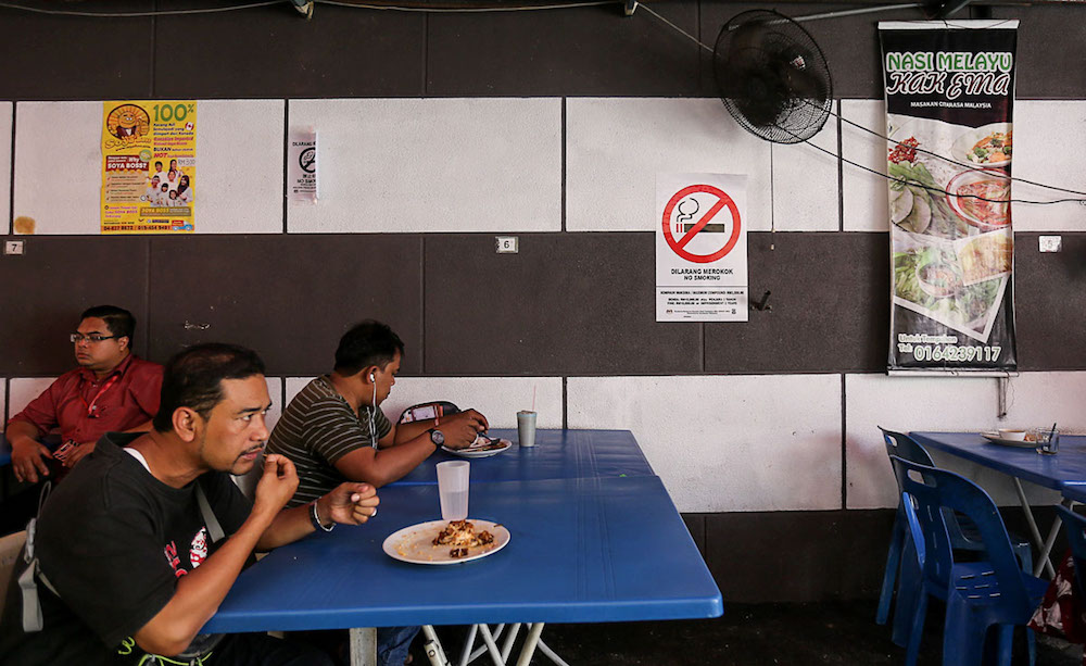 A no-smoking sign is seen at a restaurant in George Town January 7, 2019. — Picture by Sayuti Zainudin