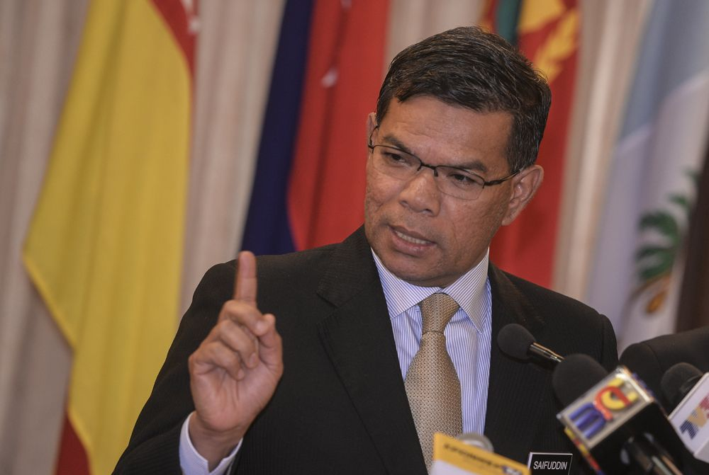 PKR secretary-general Datuk Seri Saifuddin Nasution Ismail said should MACC decline to extend cooperation in the matter, PKR will find another way. ― Picture by Shafwan Zaidon