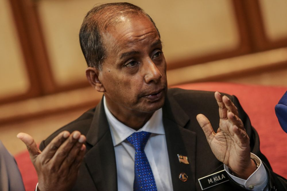 Human Resource Minister M. Kulasegaran said Malaysia is looking at a zero-cost recruitment agreement for migrant workers from Bangladesh, which is also part of the government's efforts to eliminate forced labour to avoid possible trade sanctions by the US. ― Picture by Hari Anggara