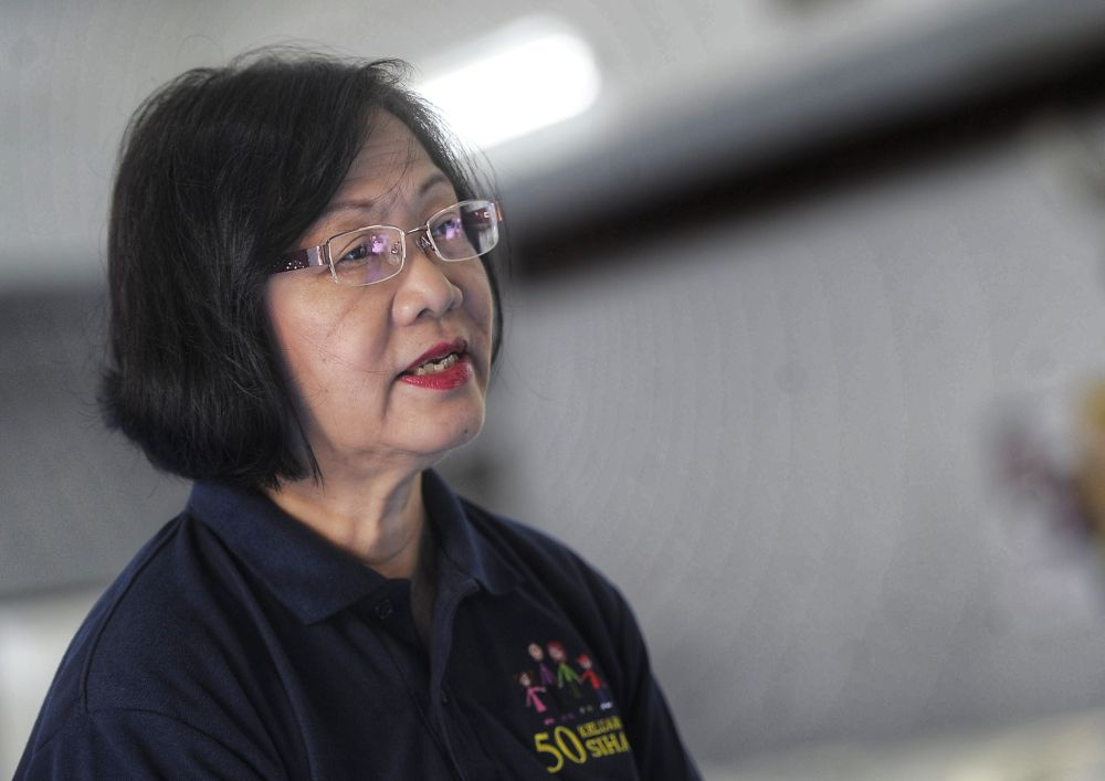 Petaling Jaya MP Maria Chin Abdullah speaks during the '50 Keluarga Sihat' event in Petaling Jaya in this file picture taken on January 12, 2019. ― Picture by Shafwan Zaidon