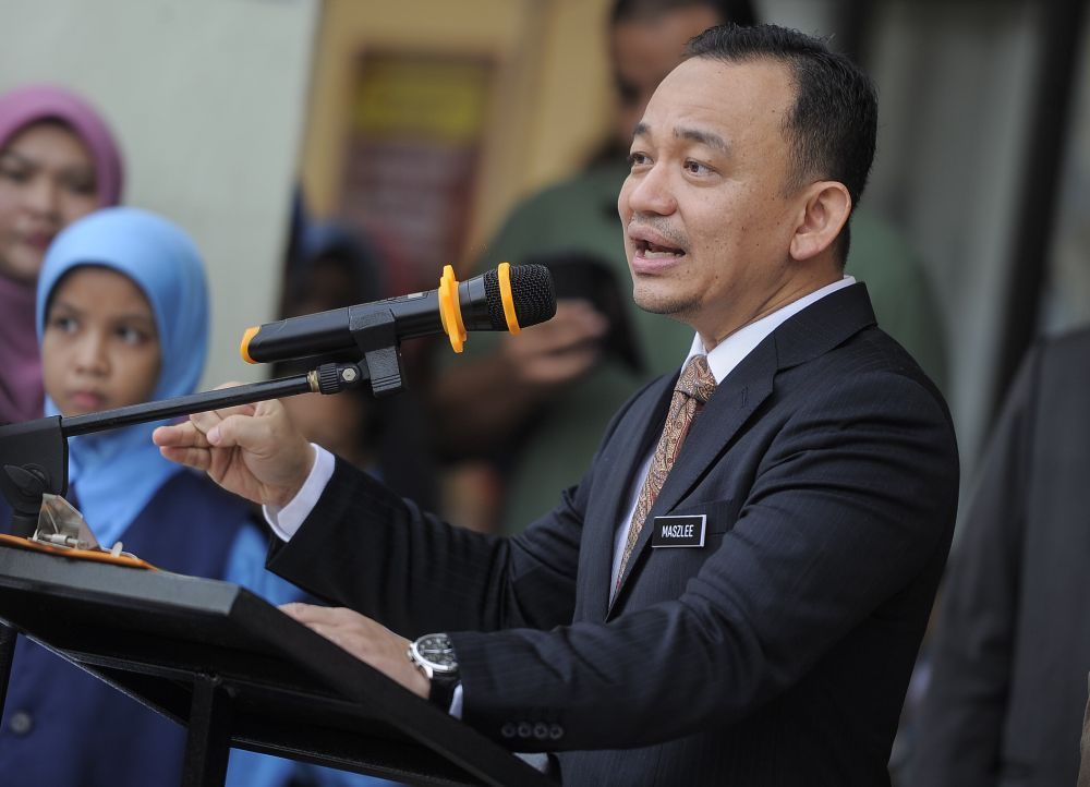 Education Minister Maszlee Malik said it about time the power be given to the students to run university elections and give be afforded academic freedom. — Picture by Shafwan Zaidon