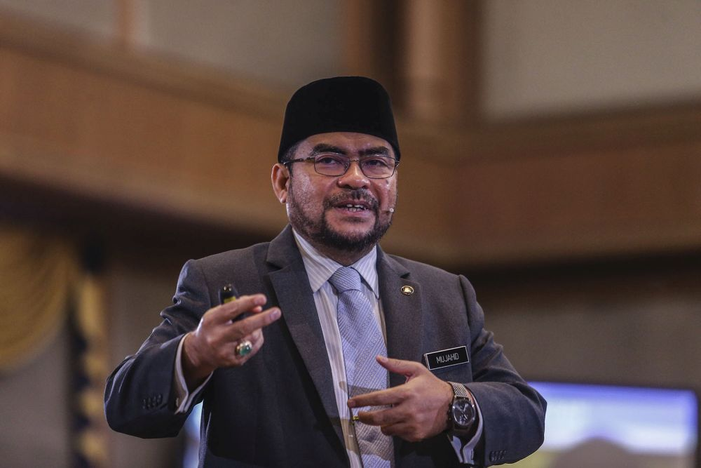 Minister in the Prime Minister's Department Datuk Seri Mujahid Yusof Rawa said last year MAIWP managed to collect RM650 million, the highest zakat collection among all states in Malaysia — Picture by Hari Anggara