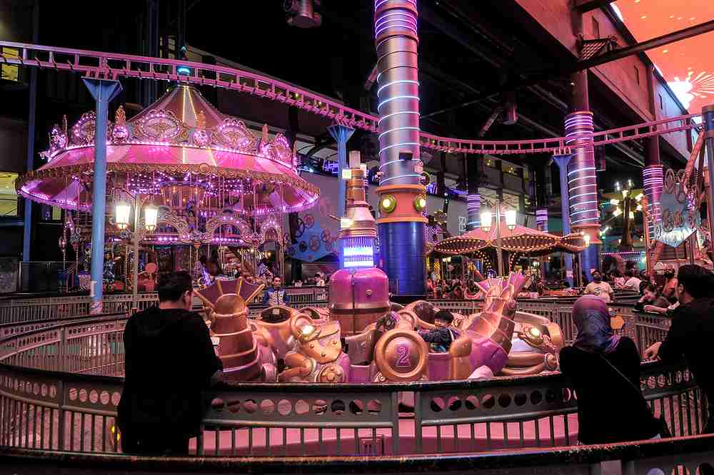 With bright colours and neon lights, Skytropolis Funland has a vibrant atmosphere.