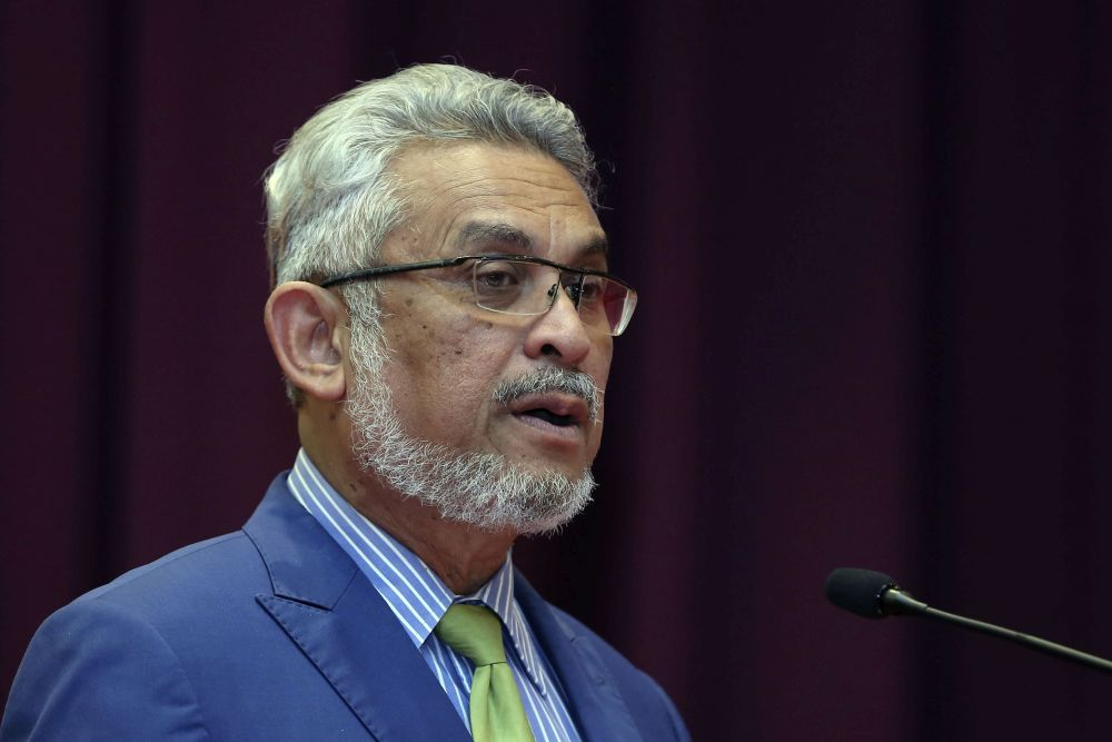 Federal Territories Minister Khalid Abdul Samad said all the negotiations are made in accordance to a clear policy. — Picture by Yusof Mat Isa