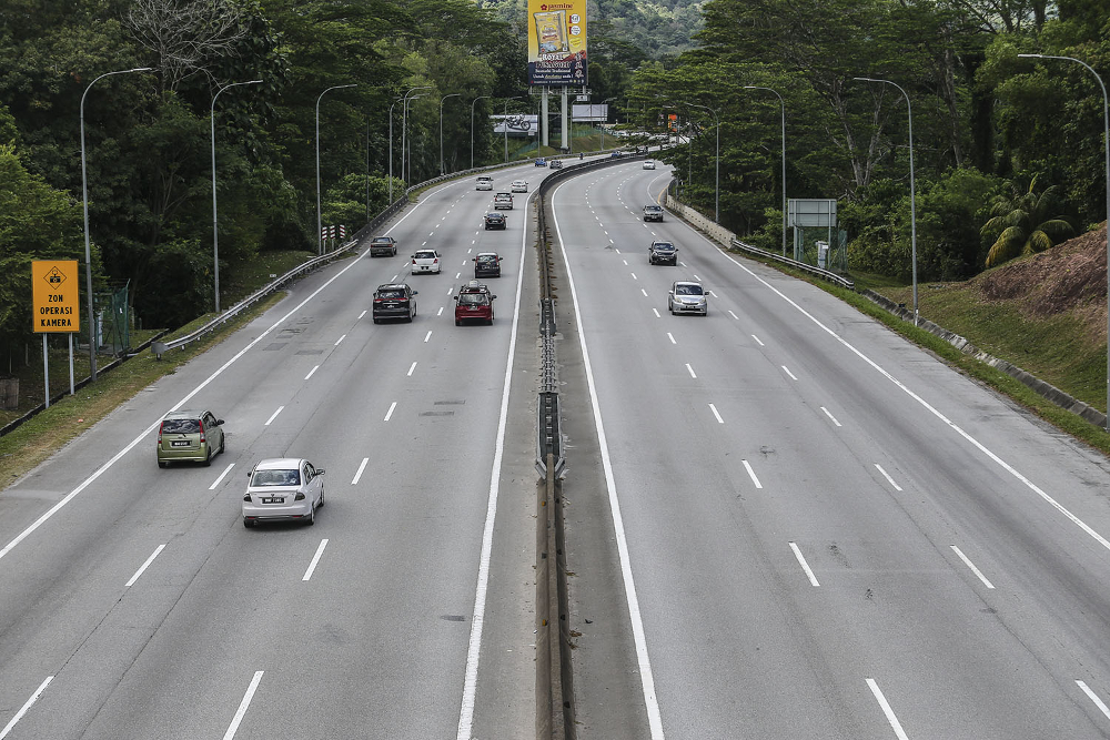 PLUS expects about two million vehicles to ply the highway during the Chinese New Year holiday, an 18 per cent increase from 1.7 million on weekdays. — Picture by Hari Anggara