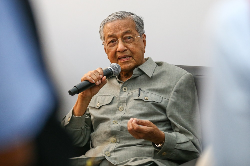 Prime Minister Tun Dr Mahathir Mohamad speaks during a press conference in Klang February 25, 2019. — Picture by Ahmad Zamzahuri