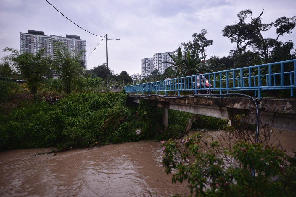 A general view of Sungai Rinching at Kampung Rinching Tengah, Beranang in Semenyih February 19, 2019. — Picture by Shafwan Zaidon