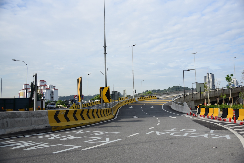 A general view of the Old Klang Road-New Pantai Expressway (OKR-NPE) elevated link bridge. — Picture courtesy of Malaysian Resources Corporation Berhad (MRCB)