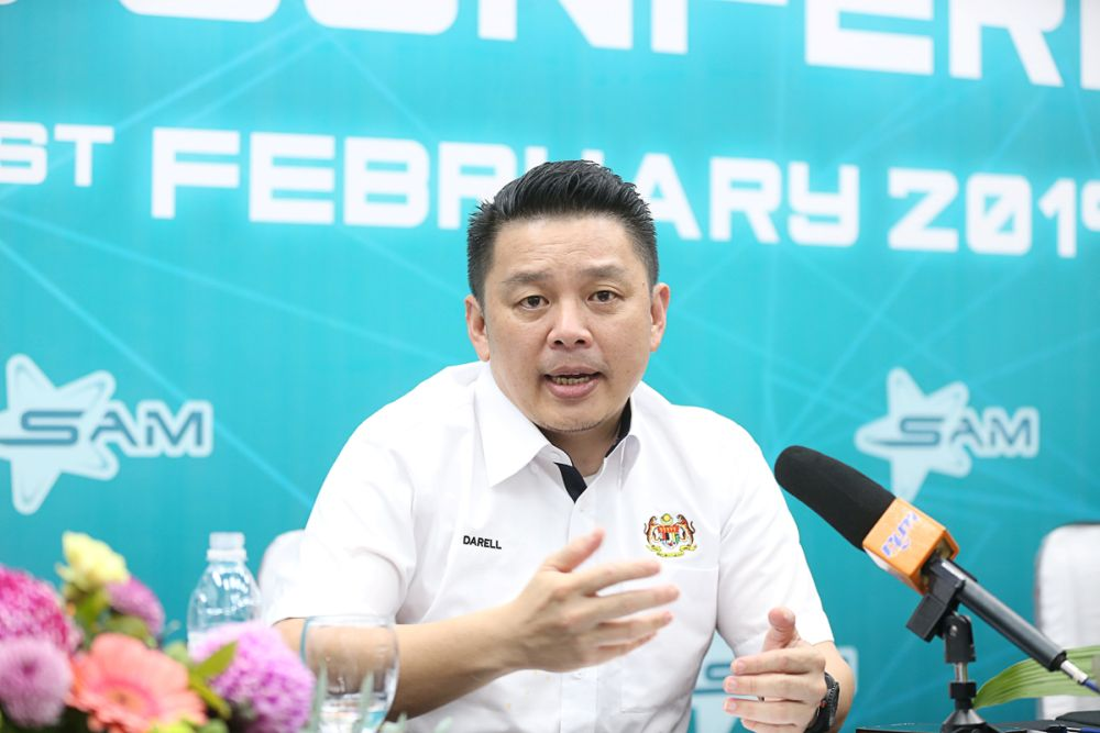 Datuk Ignatius Darell Leiking speaks during a press conference at the Penang Science Park February 21, 2019. — Picture by Sayuti Zainudin