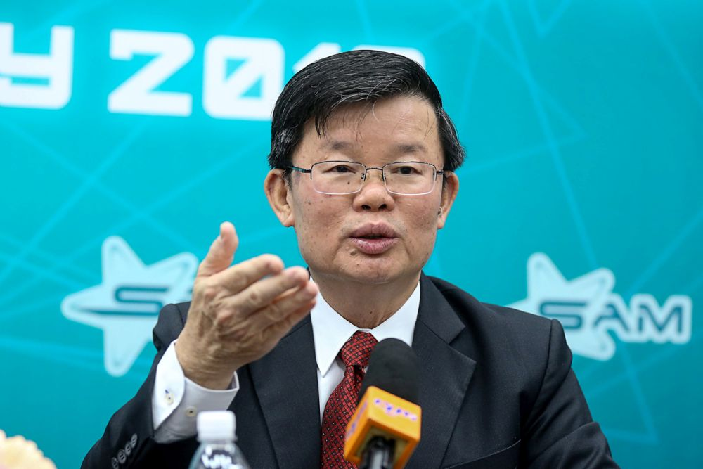 Penang Chief Minister Chow Kon Yeow today said that pig farmers in the state have until the end of this year to submit their building plans to upgrade their farms to a closed-house farming system. — Picture by Sayuti Zainudin