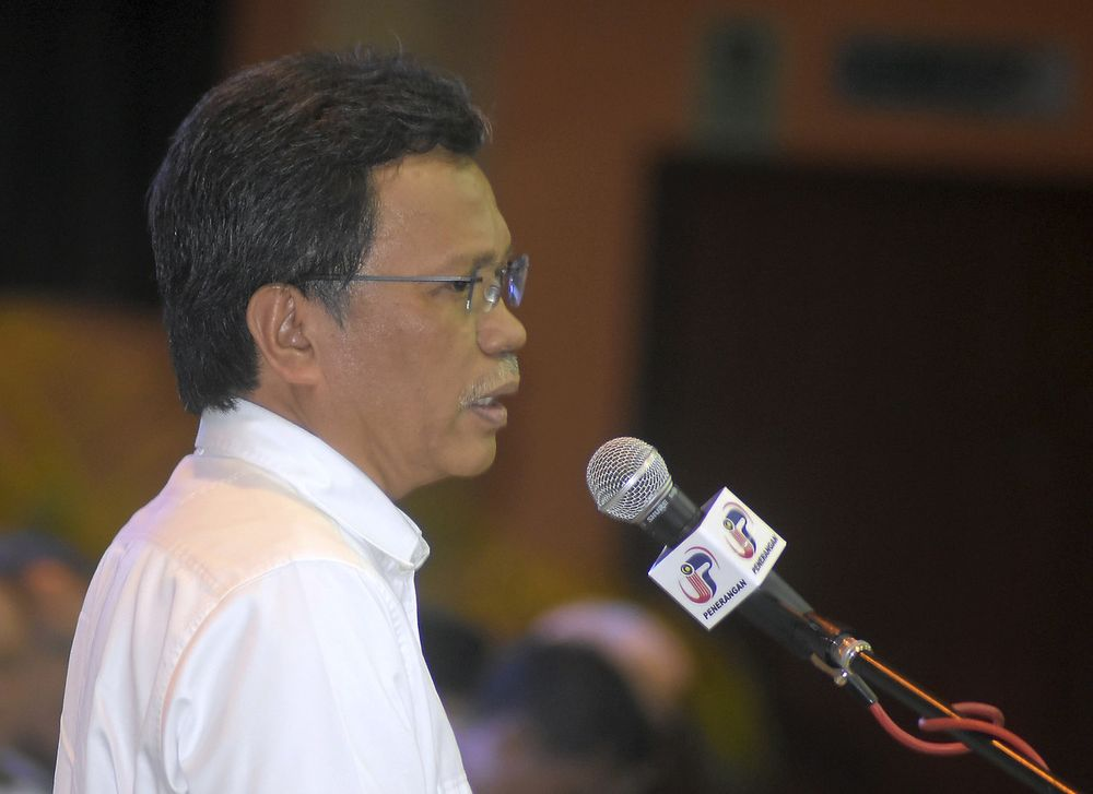 Datuk Seri Mohd Shafie Apdal said the recognition of the amendment would be done when the time came towards ensuring the matters sealed in the Malaysian Agreement 1963 (MA63) could be realised as best as possible for the benefit of the people of Sabah. — Bernama pic