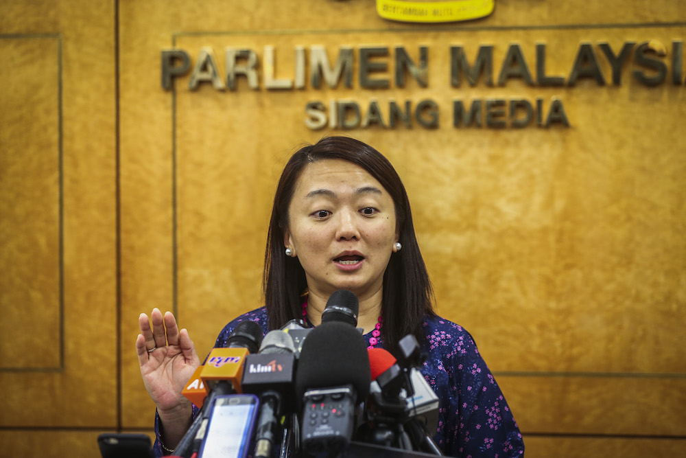 Hannah Yeoh speaks to reporters in Parliament in Kuala Lumpur March 25, 2019. — Picture by Firdaus Latif