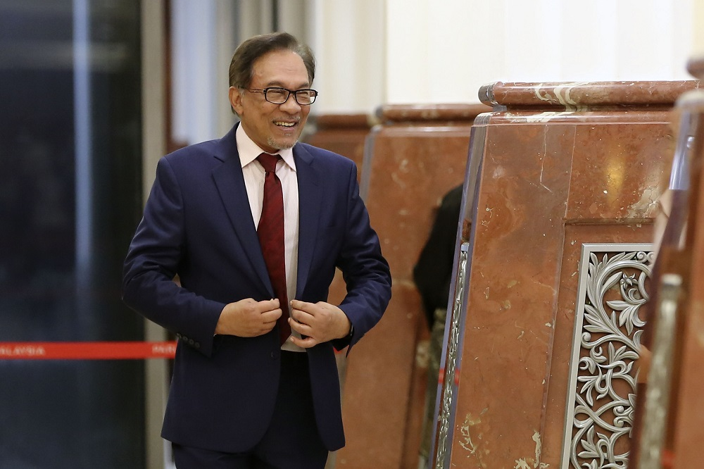 Datuk Seri Anwar Ibrahim is pictured in Parliament in Kuala Lumpur March 26, 2019. — Picture by Yusof Mat Isa