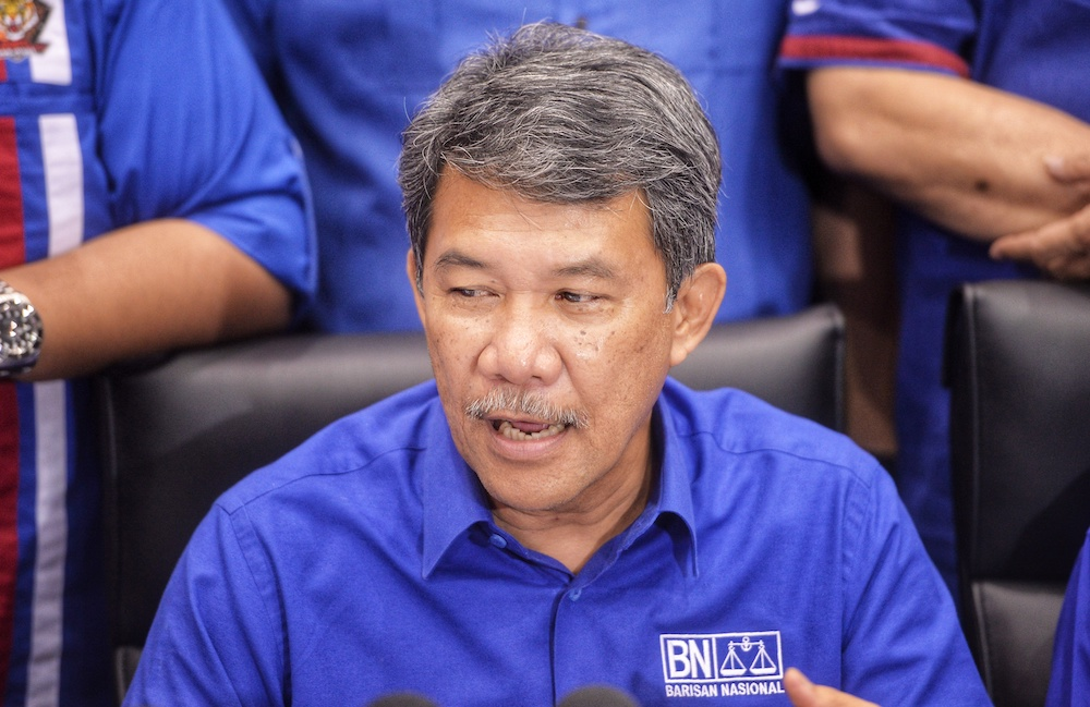 Datuk Seri Mohamad Hasan had mentioned during the Semenyih by election campaign recently that the Pakatan Harapan government was not looking out for Malays and Muslim rights. — Picture by Shafwan Zaidon