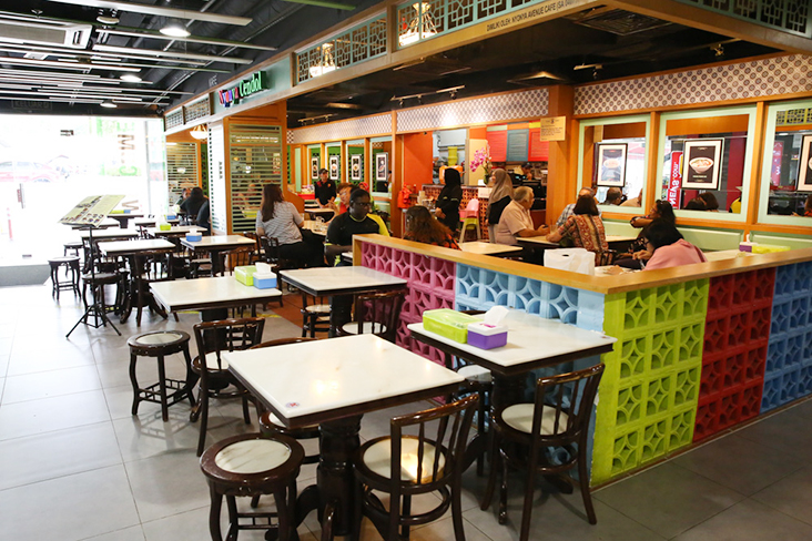 Look for the colourful Nyonya Cendol Cafe Elite at The Main Place, one of their outlets in Subang Jaya