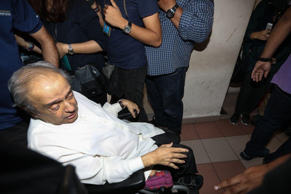 Samirah Muzaffar's father Chandra Muzaffar arrives at the Petaling Jaya Magistrate's Court March 4, 2019. — Picture by Ahmad Zamzahuri