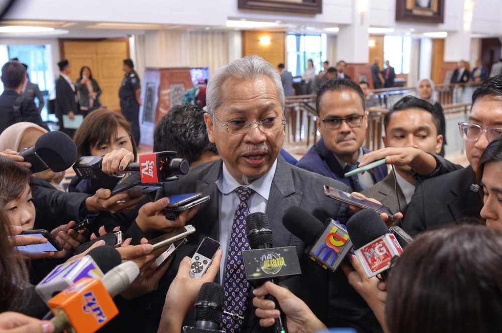 Ketereh Member of Parliament Tan Sri Annuar Musa speaks to reporters at Parliament March 13, 2019. ― Picture  by Shafwan Zaidon