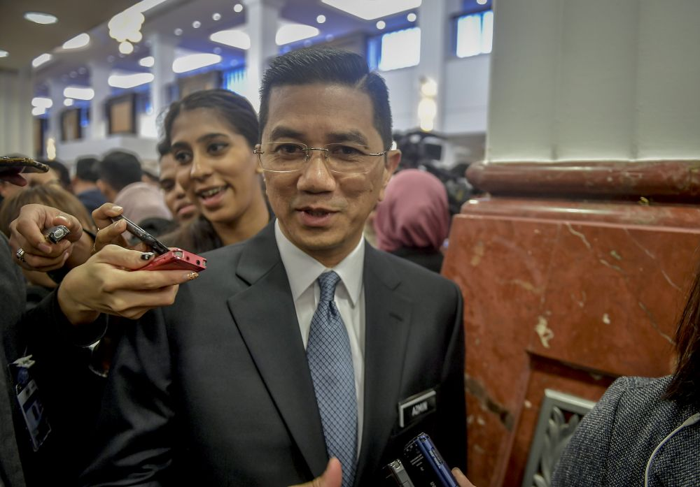 Economic Affairs Minister Datuk Seri Mohamed Azmin Ali  said he had a long discussion with Prime Minister Tun Dr Mahathir Mohamad on the White Paper before it was approved by the Cabinet last Friday. ― Picture by Firdaus Latif