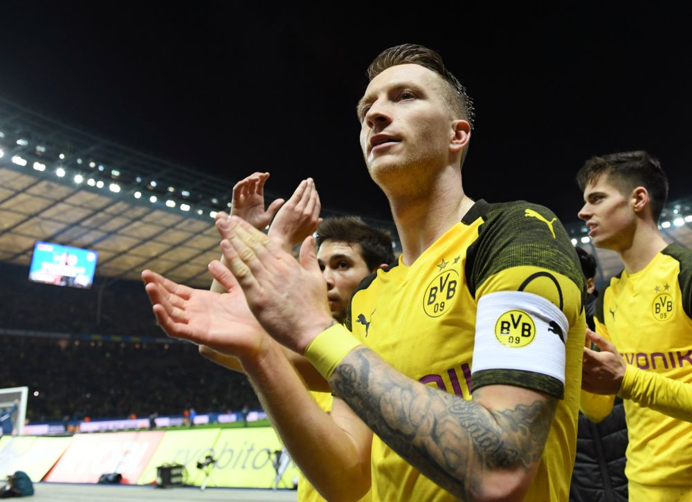 Reus was fuming when Dortmund conceded a late own goal in Sunday's 2-2 draw at Eintracht Frankfurt. — Reuters pic