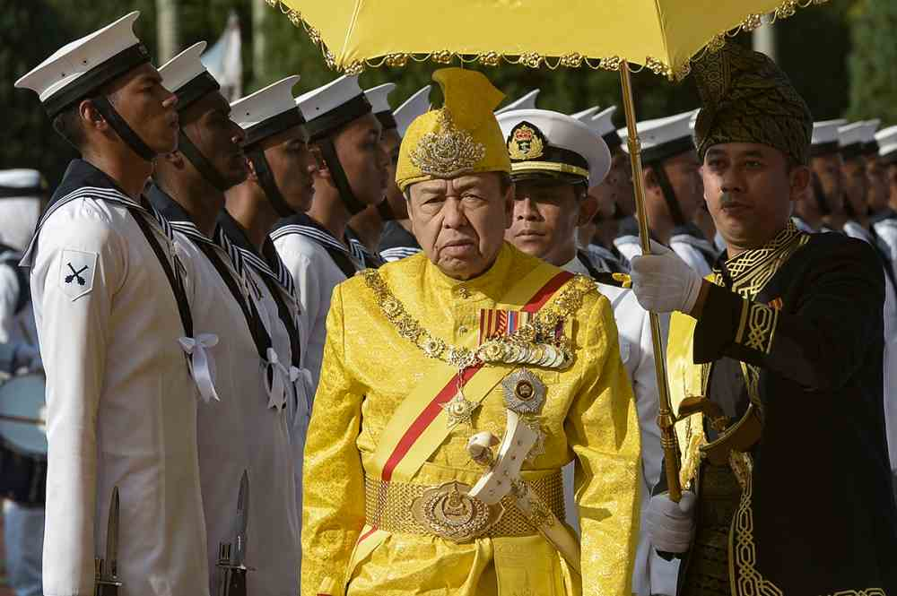Sultan Sharafuddin Idris Shah warned the public not to be misled by the Malayan Communist Party's ideologies. ― Picture by Mukhriz Hazim