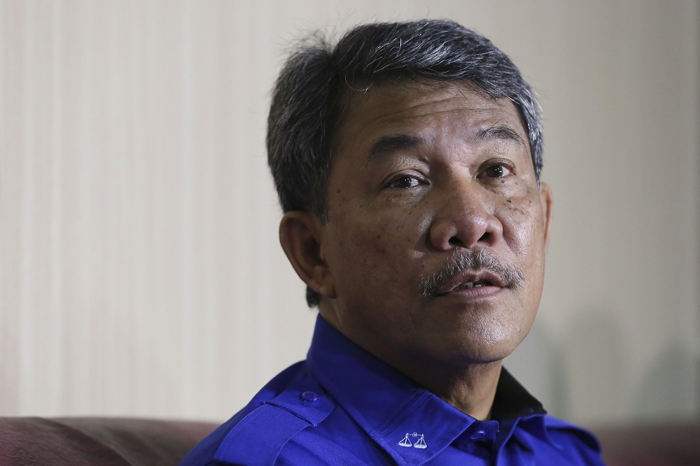 Datuk Seri Mohamad Hasan couched his complaints in terms of concern about how the lopsided selections could hamper governmental response to the Covid-19 situation and resultant economic turmoil. — Picture by Yusof Mat Isa