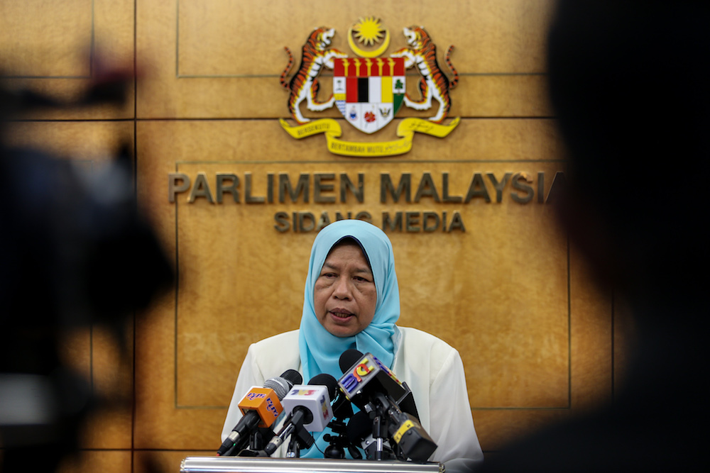 Zuraida Kamaruddin speaks to reporters during the press conference in Parliament in Kuala Lumpur April 2, 2019. — Picture by Ahmad Zamzahuri